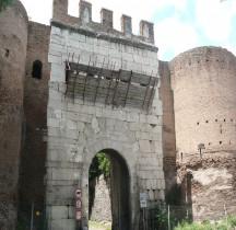 Rome Mura del URBS Rome Mura Aureliane Rione Saba Porta Latina