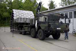 MAN 15t LKW mil glw-BW- Faltstraßengerät FSG
