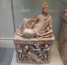 6.Etrusques Urnes Cinéraires
