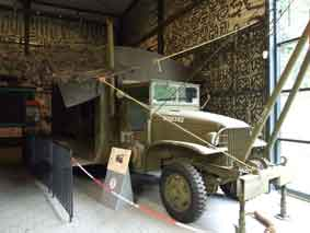 GMC CCKW 353.3 Motorshop Cabine Torpédo Overloon