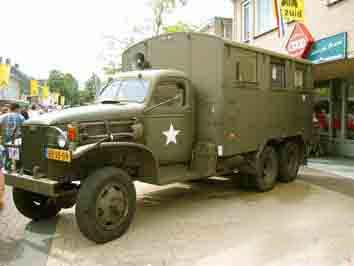 GMC CCKW 353 Ordnance Maintenance Truck Cabine Tolée