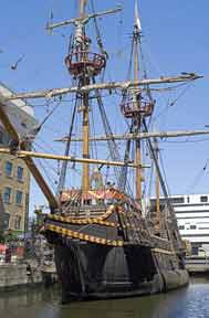 Golden Hind (HMS) Londres