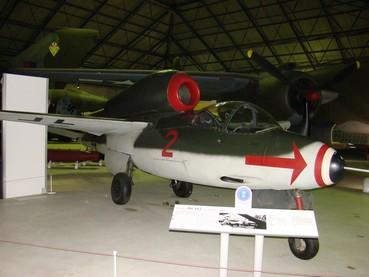 Heinkel He 162 A 2 Salamander Hendon