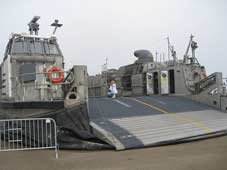 LCAC 80 (Landing Craft Air Cushioned )