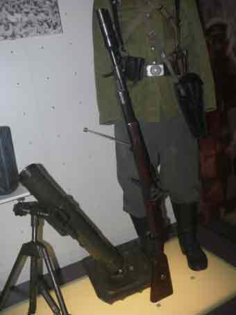Fusil Mauser Kar 98K Schiessbecher Bruxelles