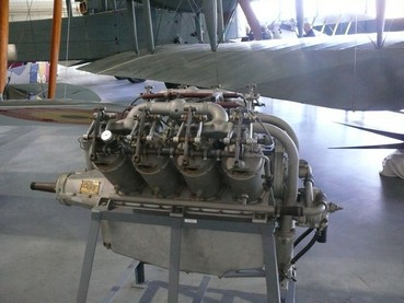 Moteur Curtiss OX 5 Hendon