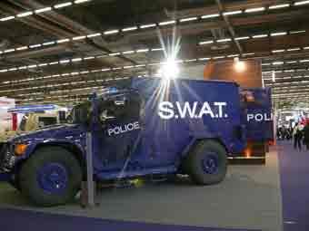 Navistar  MXT APC SWAT  Eurosatory 2012