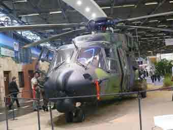 NH 90TTH Caïman  Eurosatory 2012