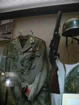 Pistolet Mitrailleur MI 34 Schmeisser-Bayard M1934