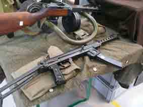 Pistolet Mitrailleur PPS 43