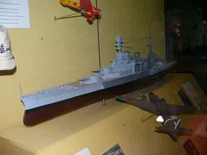 Croiseur de Bataille HMS Repulse Maquette Duxford