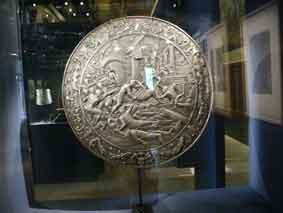 1550 Rondache Guerre de Troie Les Invalides