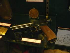 Pistolet Roth-Steyr M1907  Paris