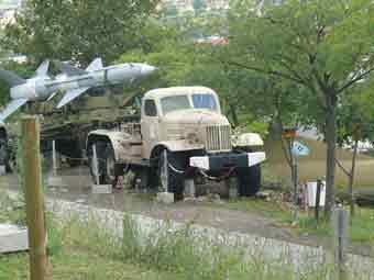 Missile Sol Air SA 2 Guideline S75 Dvina Tracteur Zil 157V Rimini