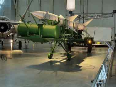 Missile Sol Air SA 2 Guideline S75 Dvina Semi Remorque  USA,