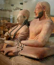 Etrusques Sarcophage des Epoux France Paris Louvre