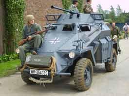 Sd.Kfz. 222 Leichter Panzerspähwagen  (Replica)