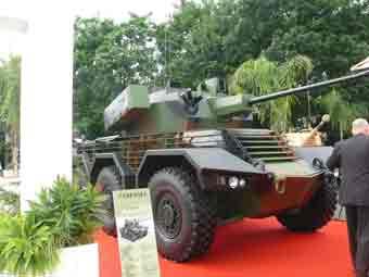 Panhard Sphinx Tourelle CTAI 40mm Eurosatory 2012
