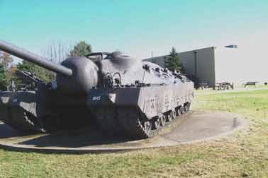 Char Lourd T 28 Super Tank