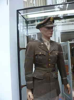 1943 USAAF ETO  2nd Lieutenant Pinks and Gree