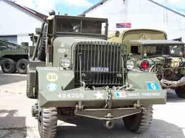 Ward LaFrance M1A1 Versailles