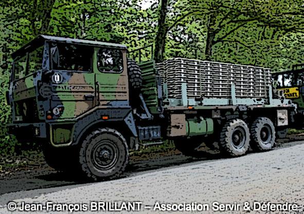 véhicule renault de l armée