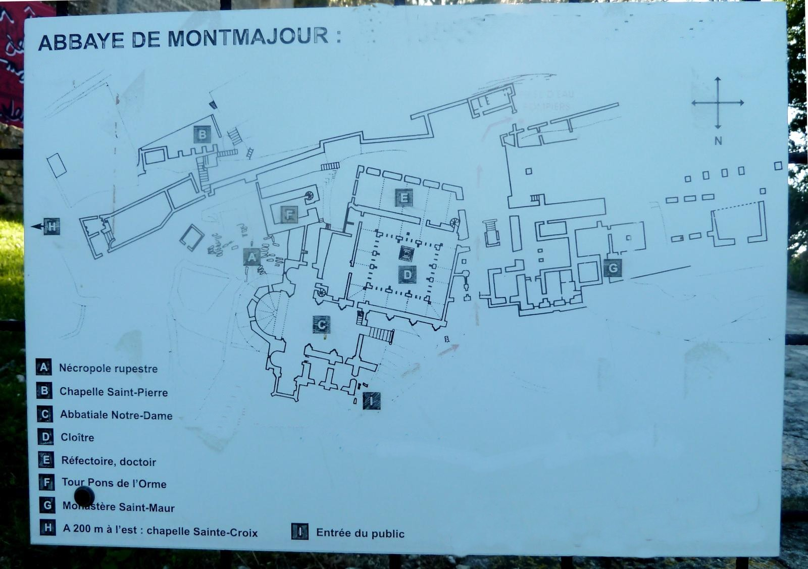 Bouches du rhone montmajour abbaye st pierre maquetland - Abbaye de citeaux horaires des offices ...